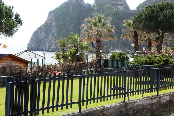 SANT'ALESSIO APARTMENT - Sant'Alessio Siculo - Lägenhet