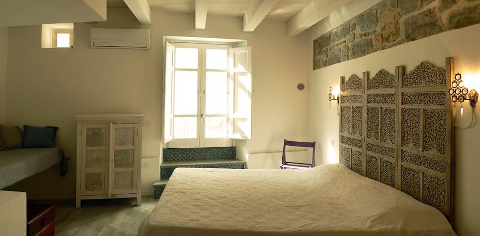 B&B Terra - Stanza Viaggio - Carloforte - Bed & Breakfast
