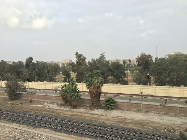 Studio close metro station with very nice view. - Cairo - Pis