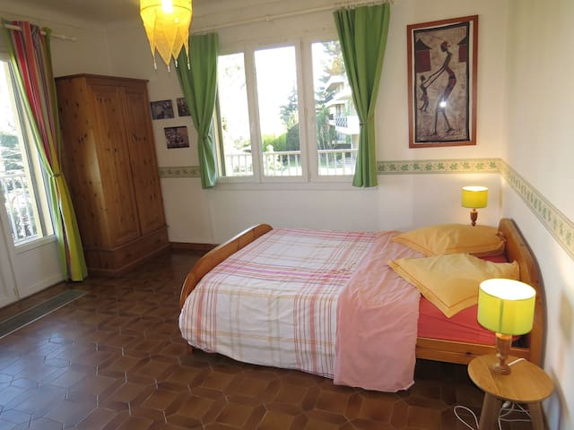 Les Arbousiers - Ch. Anaïs - Montpellier - Bed & Breakfast