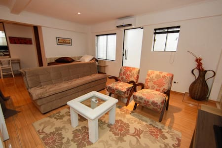 Fully equiped Flat TownCentre Foz!