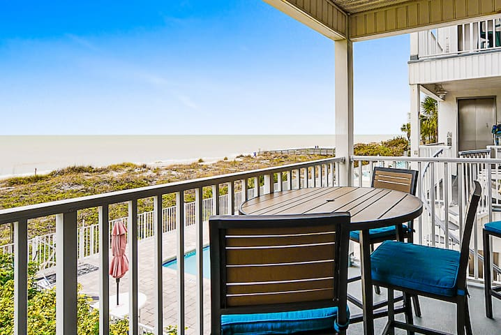 Unbeatable Beachside in Indian Rocks Beach