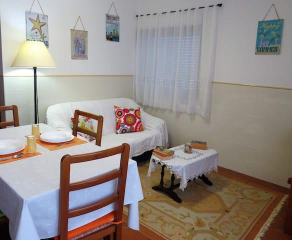 Apartment S. Nicolau - Peralta beach