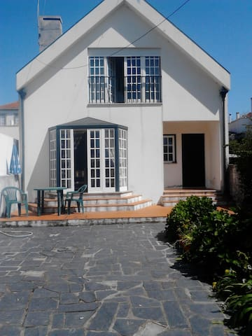 House at  Praia  Granja,  70 metros from the beach