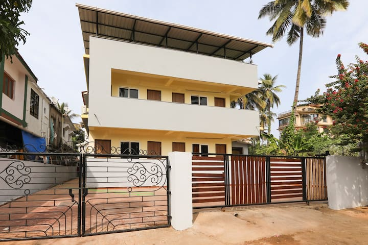 OYO Deluxe Well-Furnished SMART Stay in Goa