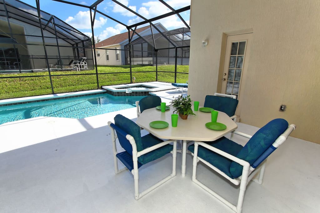 Make sure to enjoy some real Florida lifestyle when you stay at this vacation home. Take breakfast out by the pool and listen to the water cascading from the spa in to the pool as you sip your coffee or OJ.