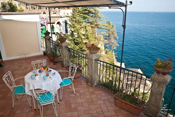 Romantic Cottage with terrace private - Ravello - Villa