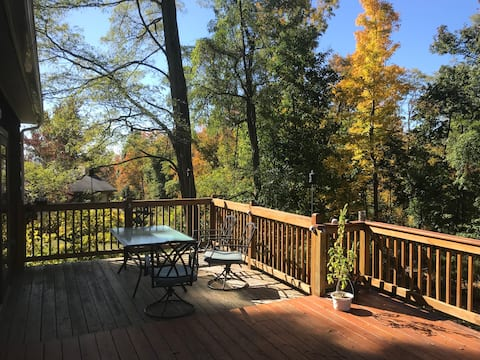 Quiet spacious house in Balmville - history+nature