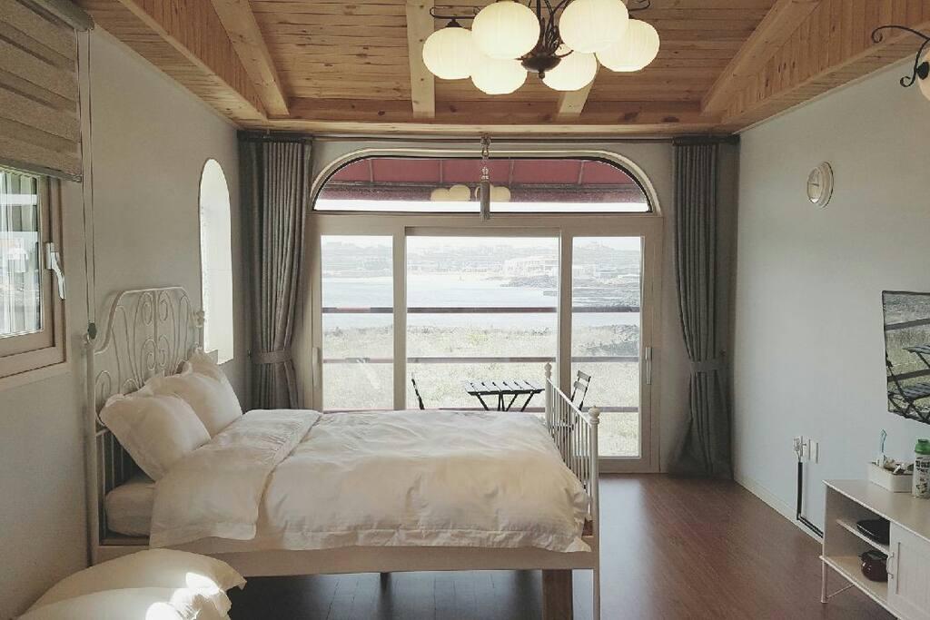 침대방 bed room