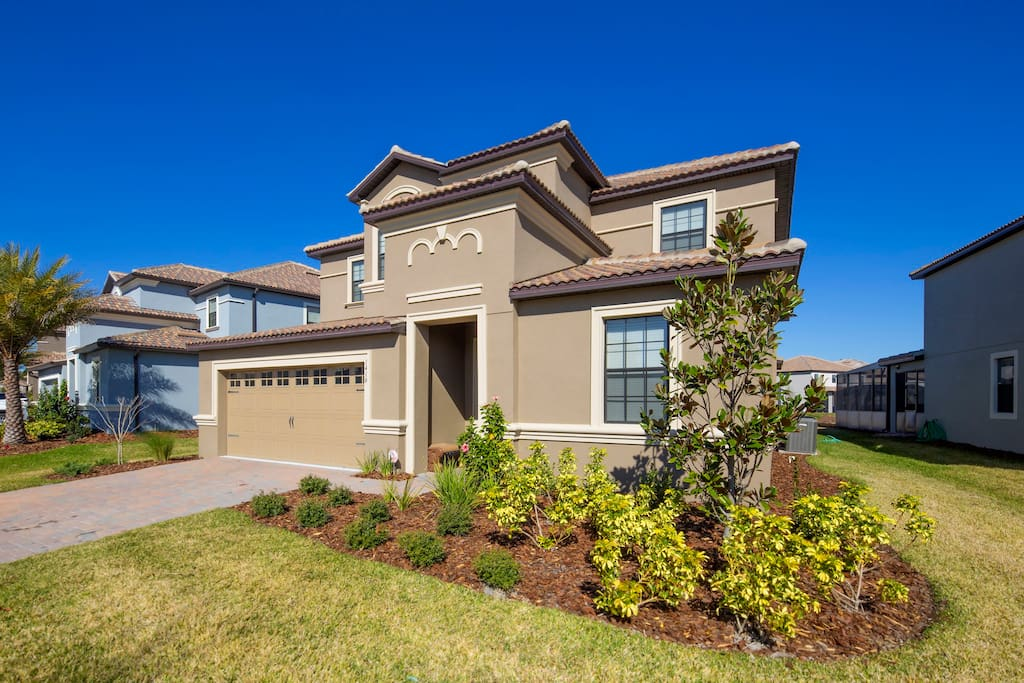 Bring your family for the vacation of a lifetime here at this fabulous family home-away-from-home that's located on the popular ChampionsGate resort - just a short drive from the Walt Disney World® theme parks.