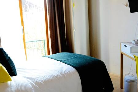 Comfortable, modern single room - Rheinfelden - Bed & Breakfast - 1