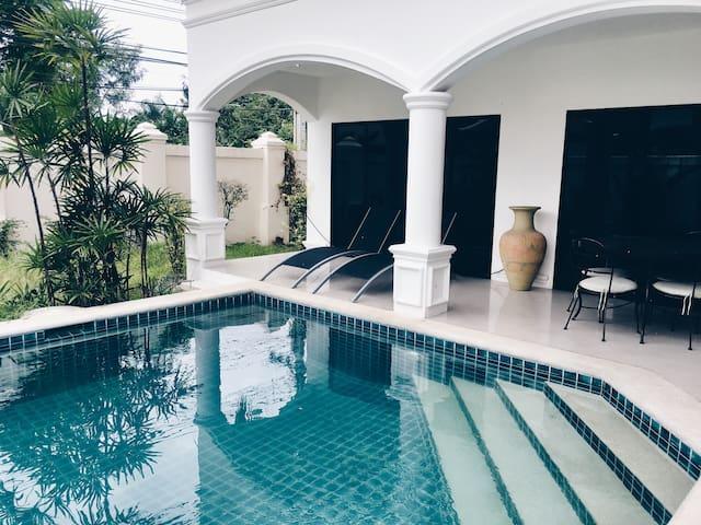 Beautiful villa 3 bedroom in Pattaya