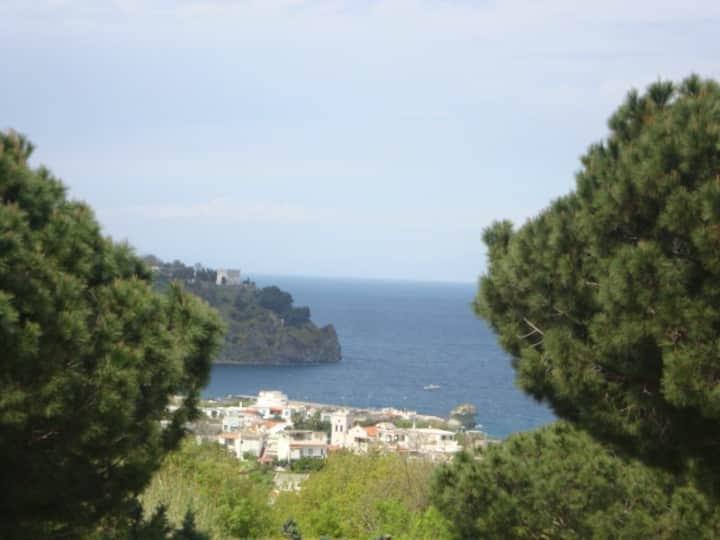 Casa panoramica mira mare & montagna