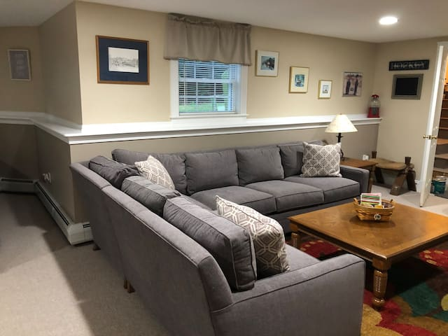 Large studio minutes away from Maine's best!