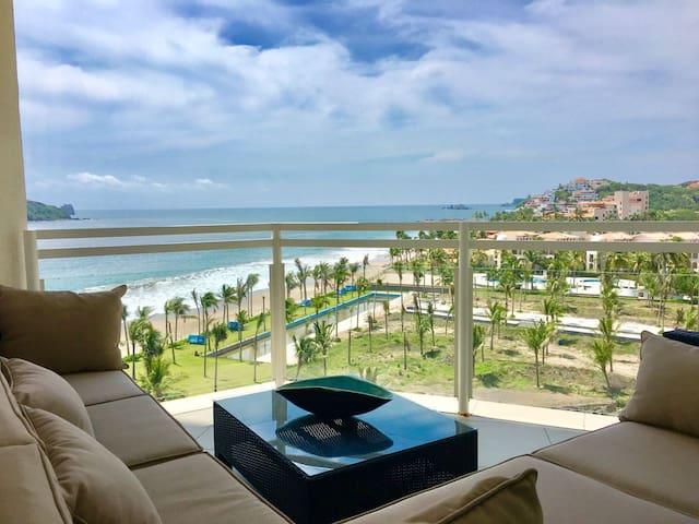 Luxury Oceanfront Apartment. BVG Marina - Zihuatanejo - Apartament