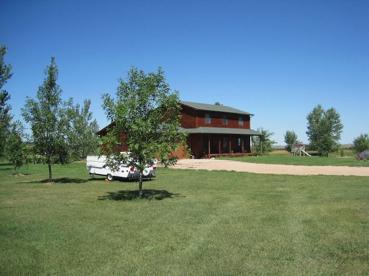 Home on 40 acres, minutes to Spearfish and Belle
