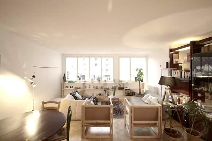 Room in a Quite & Bright Apartment