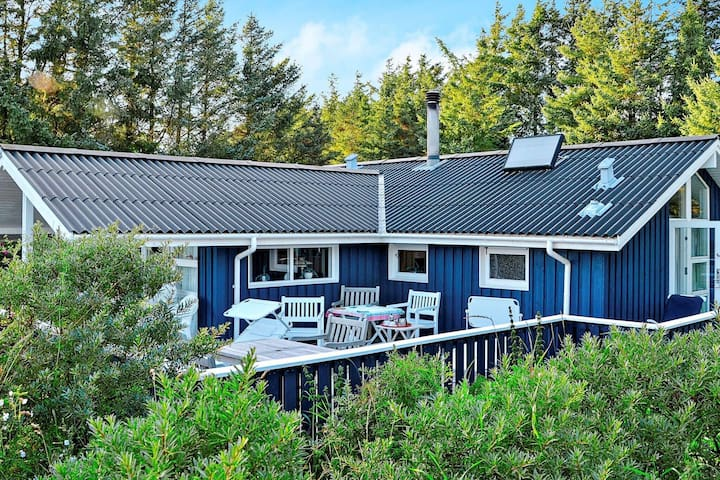 Peaceful Holiday Home in Løkken 500 M from the Ocean