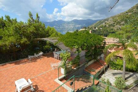 6 bd, views, terrace, jacuzzi - Amalfi
