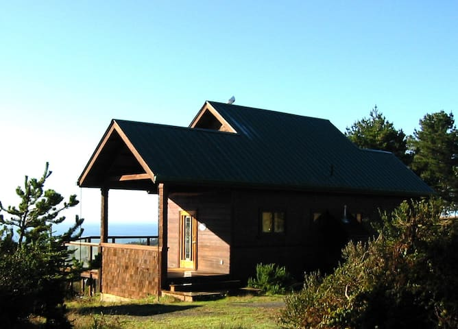 Craftsman Style Home from locally-milled redwood