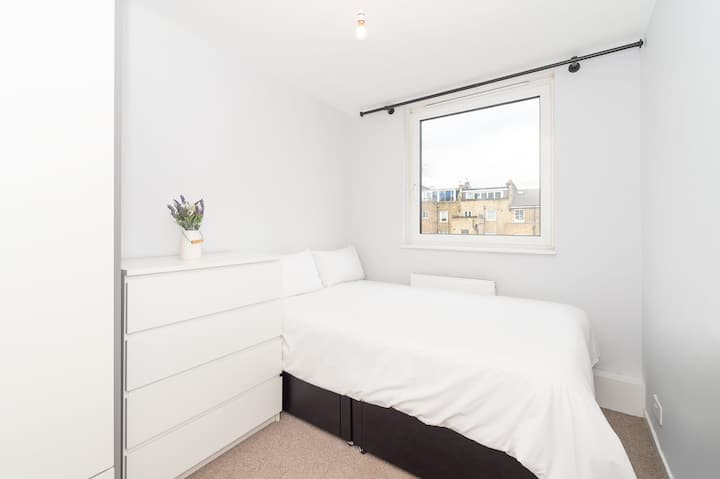 Double Bedroom Zone 1-2 Little Venice