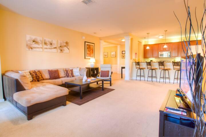 1st floor luxury 2-bedroom condo!!!
