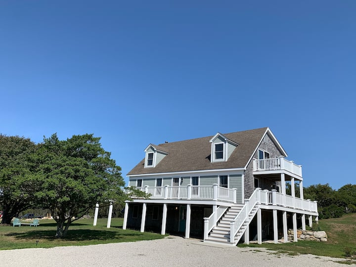 Newly Renovated Block Island rental with hot tub