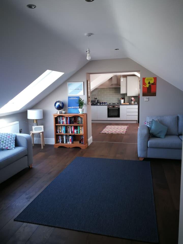 Beautiful light and spacious flat