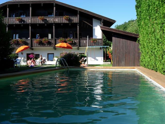 Apartments w/ balcony, garden& pool - Fié allo Sciliar - Apartmen