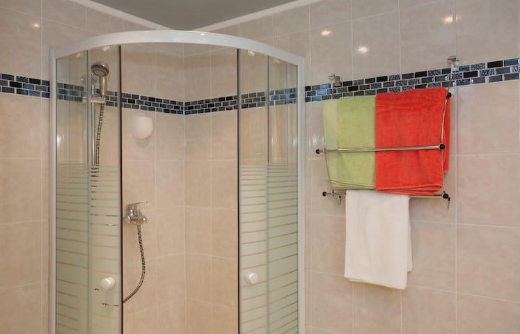 Très joli appartement T3 dans villa - Saint-Florent - Villa