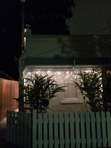 Architects House, Beautiful design, Comtemporary - Dulwich Hill - Haus