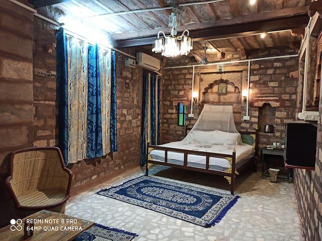 The Old Heritage King Room @ Shangri-La