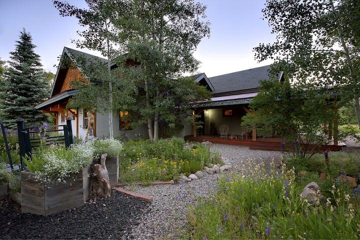 Mariposa Lodge Whole Lodge Rental