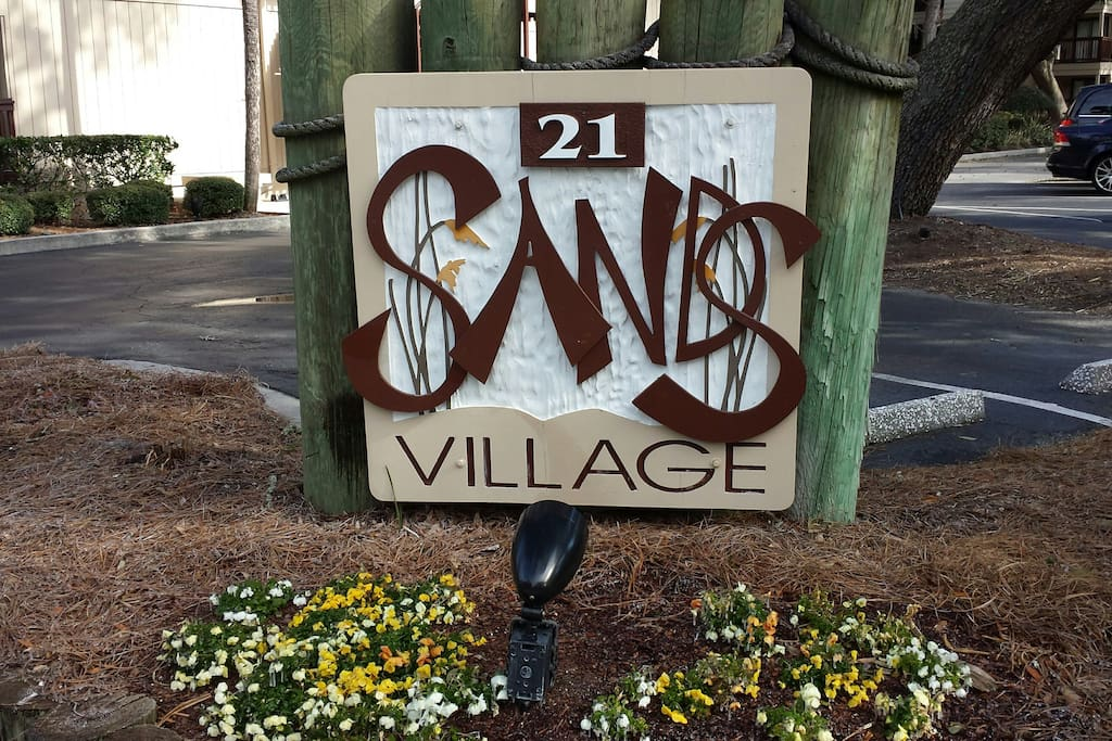 Sands Village - located opposite Coligny Plaza with lots of shops and restaurants.