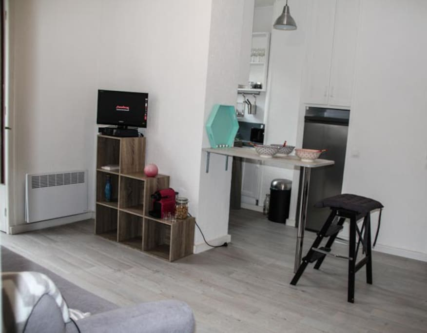 Appart cosy 5 min gare pied appartements louer for Appartement clamart gare