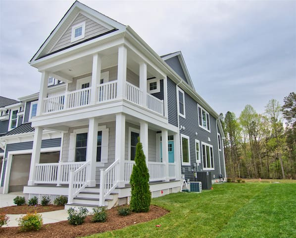 LEWES * COASTAL CLUB * BRAND NEW * LUXURY RESORT BEACH HOUSE * 6BR, 3  Baths * 19233 CAV  * Sleeps 12