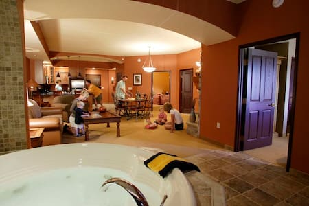 1,500 SqFt 2-Bedroom Condo + Chula Vista Waterpark