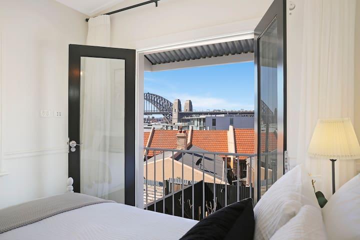 Bed 2 - Bridge Views