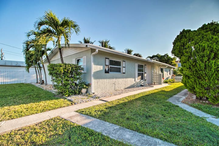 NEW! Ft. Pierce Apartment With A/C -Walk to Beach!