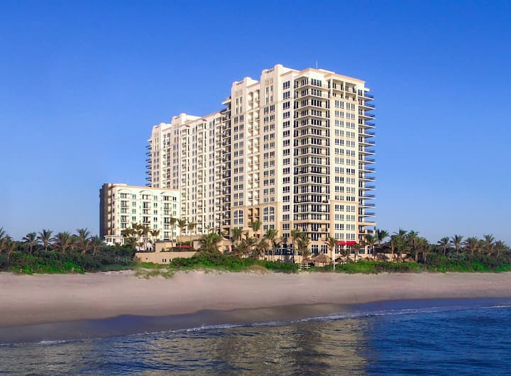 Palm Beach Luxury Suites - Panorama Suite (3)