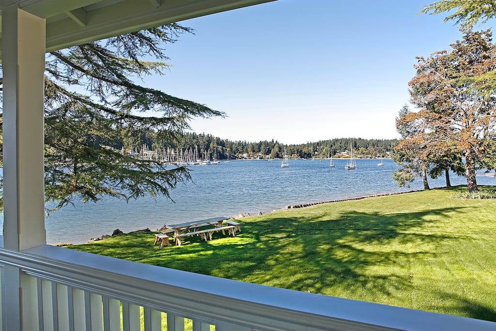 Inner Quartermaster Harbor Peaceful setting kayaks and paddle boards available for rent close to the house