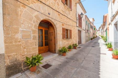 Ses Muralles Boutique House - Alcúdia - Hus