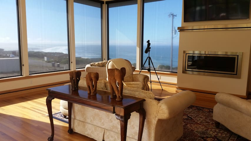 Linda Mar-Luxury home with Sauna, Spa & Huge Views - Manchester - Rumah