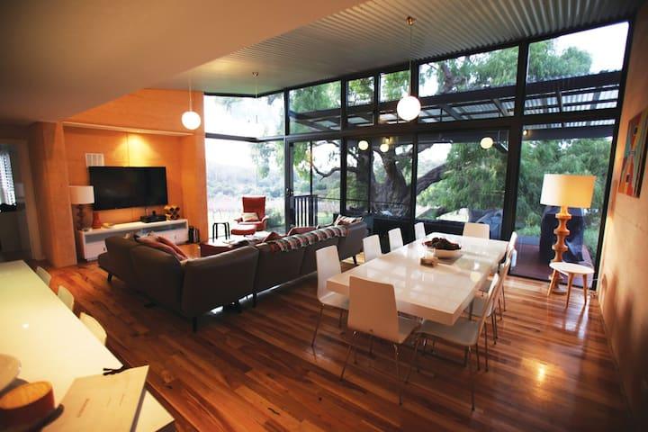 Rivendell Villa 5