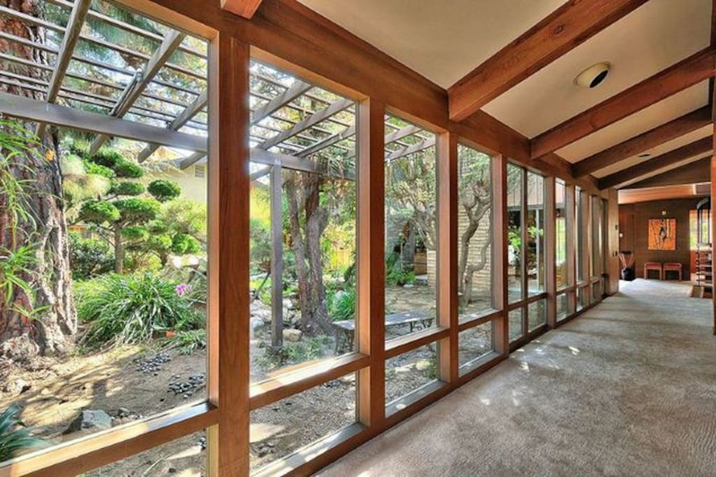 frank lloyd wright style master 1 houses for rent in