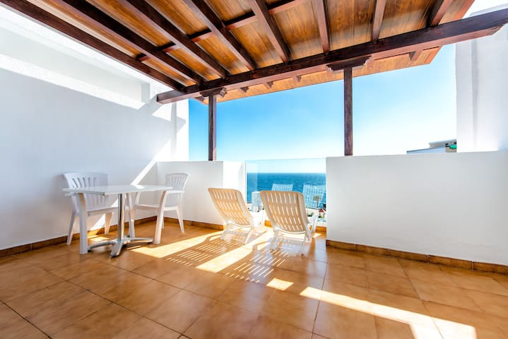 One bedroom apartament with terrace and SEA VIEW