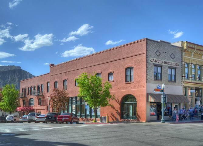 Downtown Durango Colorado vacation rental condo