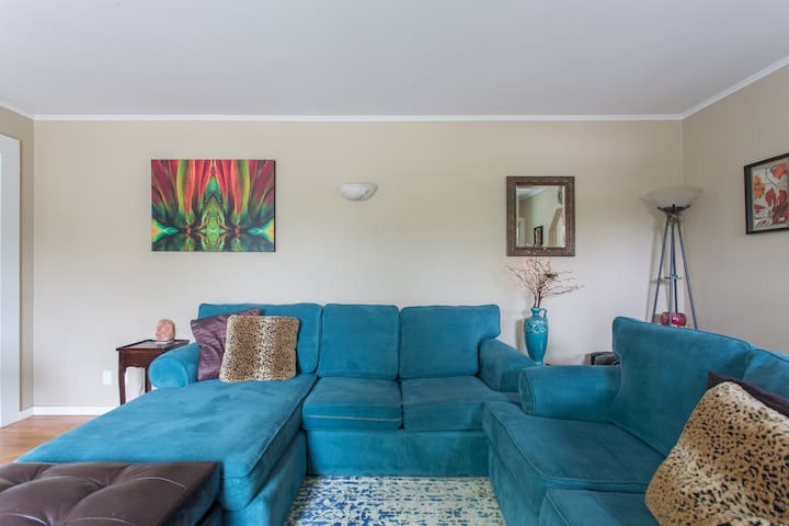 Tropical Vibes Vacation House! - Santa Cruz - House