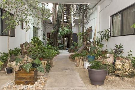 King size bed, prvt bathroom, priviledge location! - Playa del Carmen