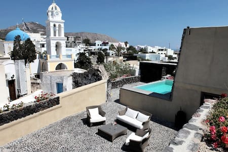 3 bd, views, deck, pool - Emporio